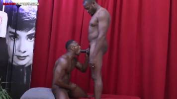 Plan sexe entre blacks gays
