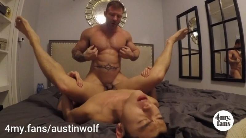 Le bodybuilder Austin Wolf éclate un jeune passif asiatique