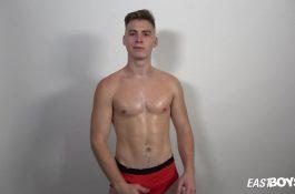 Jonathan Hicks – Influencer passe un casting porno