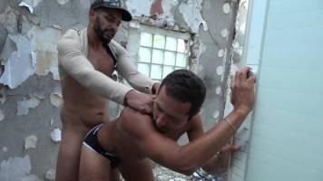 Algérien sodomisé brutalement par un marocain BM