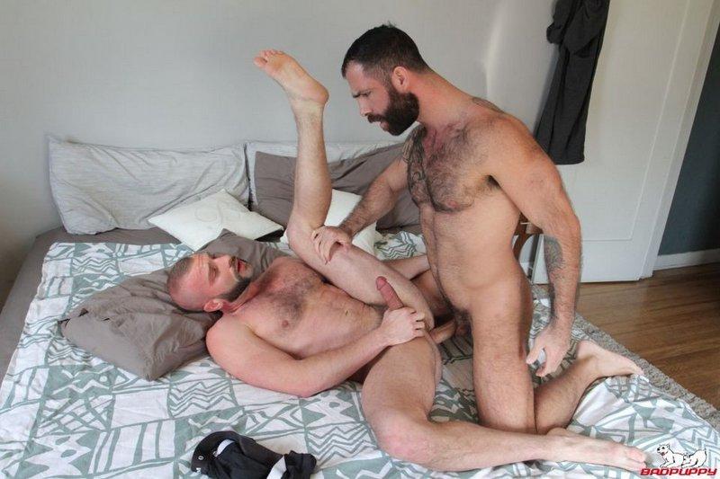 De la testostérone avec ce duo – Jake Nicola & Donnie Argento