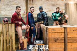 Justice League – La Parodie Porno – ORGIES DE SUPER-HEROS