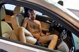Matt Cedars : branle dans la voiture